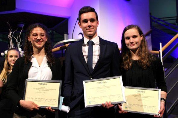 Preisträger Rhetorika 2019: vlnr Carla Scheiff, Romain Wiesemes und Alice Fatzaun (Foto: Dogan Malicki, BRF)